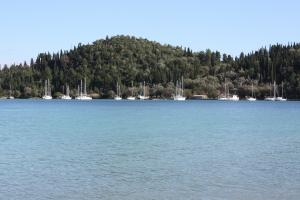yacht charter guide lefkas